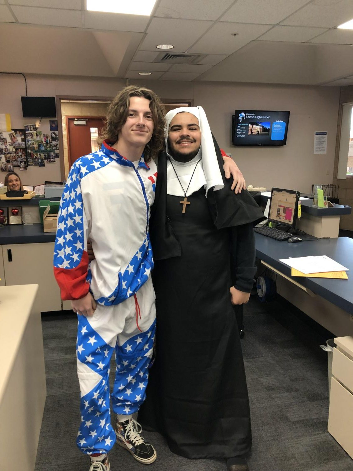 ASB President Michael Carpineta & Nate Labrado dressed up during Homecoming week.